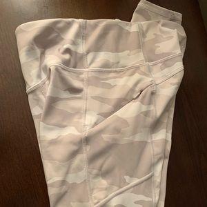 White camo leggings